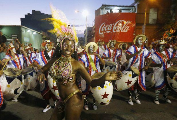 Las mejores fotografías de la semana :7/21 Bailes de carnaval en Montevideo,Uruguay