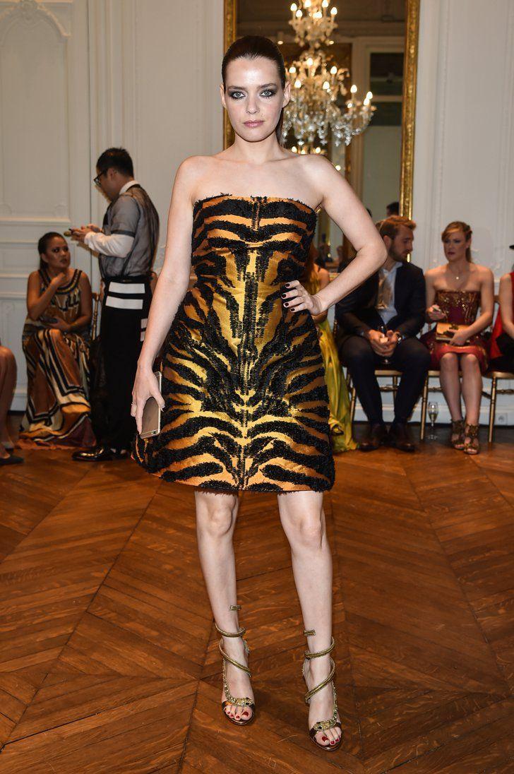 Pin for Later: Les Stars Se Rendent à Paris Pour la Semaine de la Haute Couture Roxanne Mesquida Au défilé Alberta Ferreti.