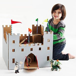 Cute Cardboard Box Crafts: Cardboard Box Castle (via Parents.com)