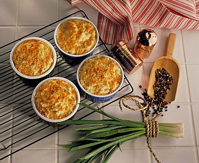 Au Gratin Potato Bake with Tre Stelle® Cheddar Cheese #cheddarcheese #recipe #potatoes