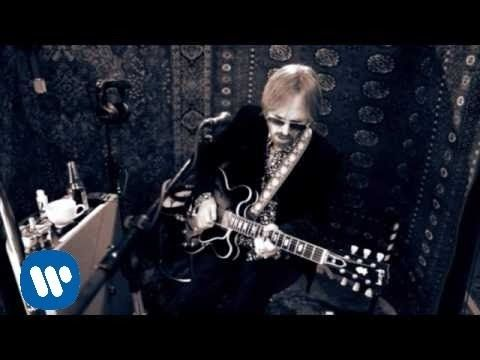 Tom Petty and the Heartbreakers - Jefferson Jericho Blues [OFFICIAL VIDEO] - YouTube