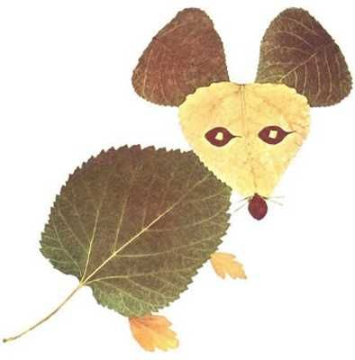 animals created with fall leaves