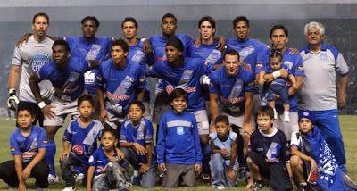 El duelo se jugará en el estadio recientemente bautizado con el nombre de Marcelo Bielsa (antes llamado Parque Independencia), ex entrenador de Newell's, ...