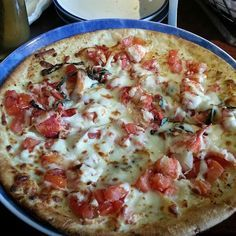 Red Lobster lobster pizza with roasted garlic pesto