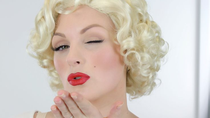 1950s Marilyn style makeup