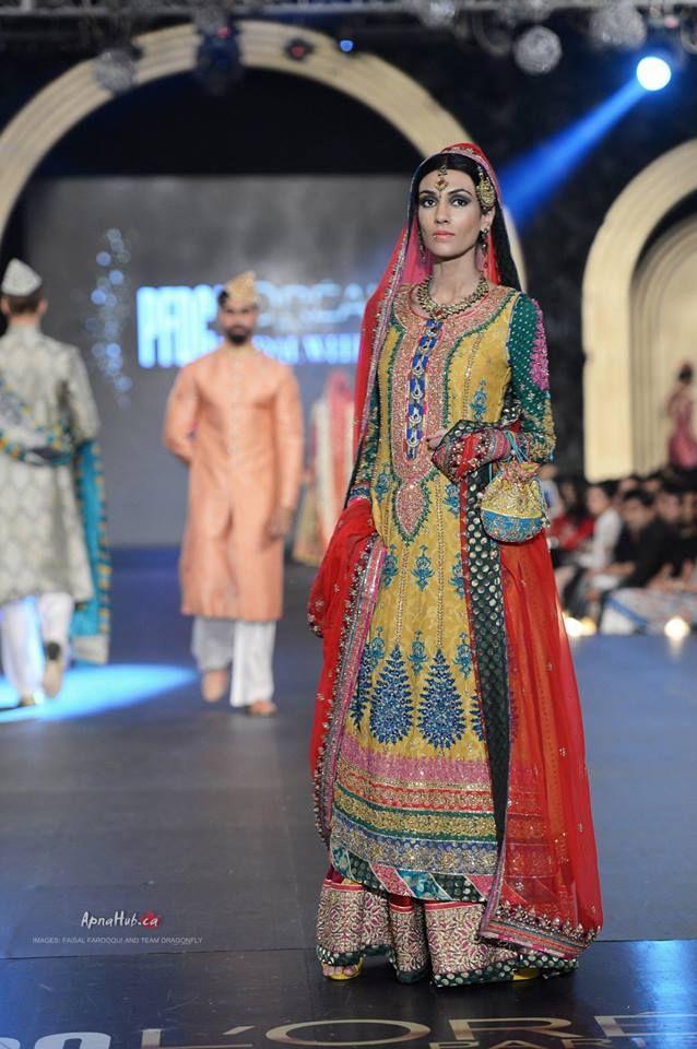 Nomi Ansari 2013 - mehndi dress