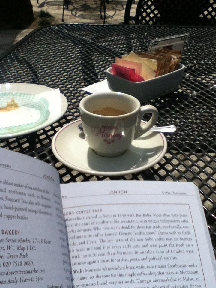 A cup of coffee and a cake at the Hotel Miralago in Castel Gandolfo, preparing our travel to London! http://thecatandthecloset.com