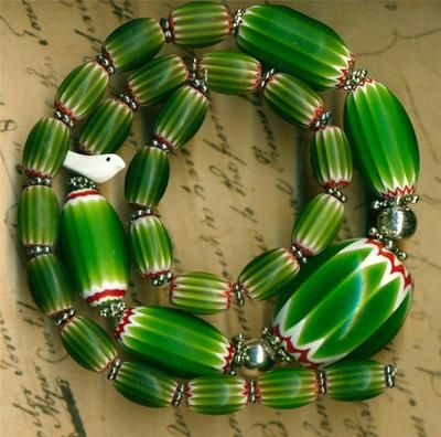 "Old Southwest Green Chevron Trade Beads Bird Fetish 17 5"" Long Graduated | eBay"