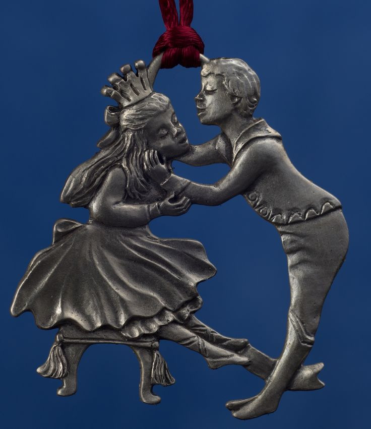 Seagull Pewter Hanging Ornament -- Clara And The Prince, dated 1994.