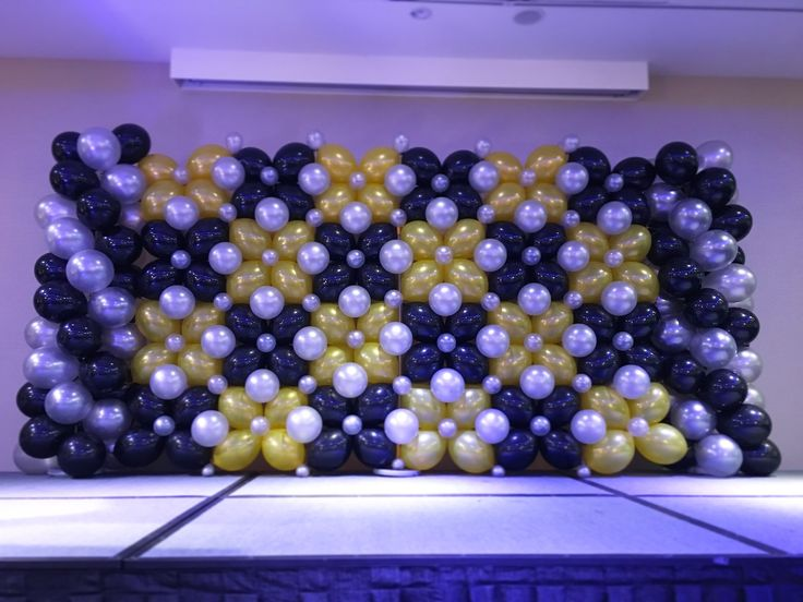 17 best ideas about birthday backdrop on pinterest baby for Balloon decoration for stage