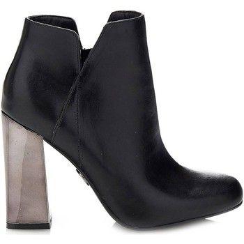 Guess FLHEL3 LEA10 Ankle boots Women women's Low Ankle Boots in black: Guess FLHEL3 LEA10 Ankle boots Women… #UKOnlineShopping #UKShopping