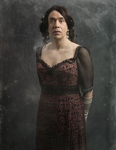The Cast of Downton Sixbey | Photo Gallery | Late Night | NBC (Lady Hedith)