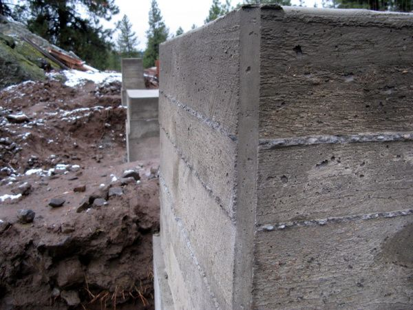 How To Form Board Form Concrete Board Formed Concrete Concrete Structure Concrete Retaining Walls