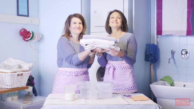 Dare una bella ripulita alla lavatrice senza usare detergenti chimici si può! A dirci come fare ci sono Titty & Flavia, guru dell'economia domestica e protagoniste della trasmissione DETTO FATTO. Ecco come fare.