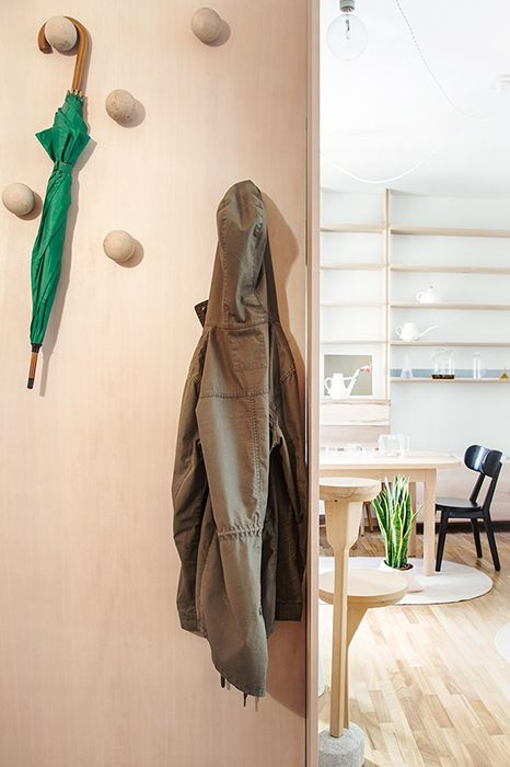 Coat hanger - Antonio Aricò