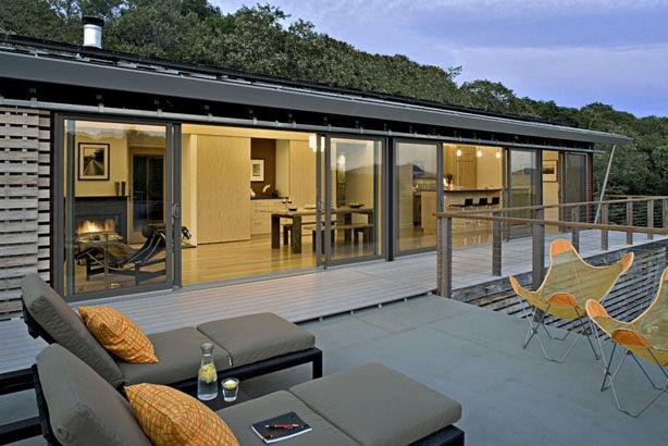 maison pr fabriqu e contemporaine en bois glidehouse blu. Black Bedroom Furniture Sets. Home Design Ideas