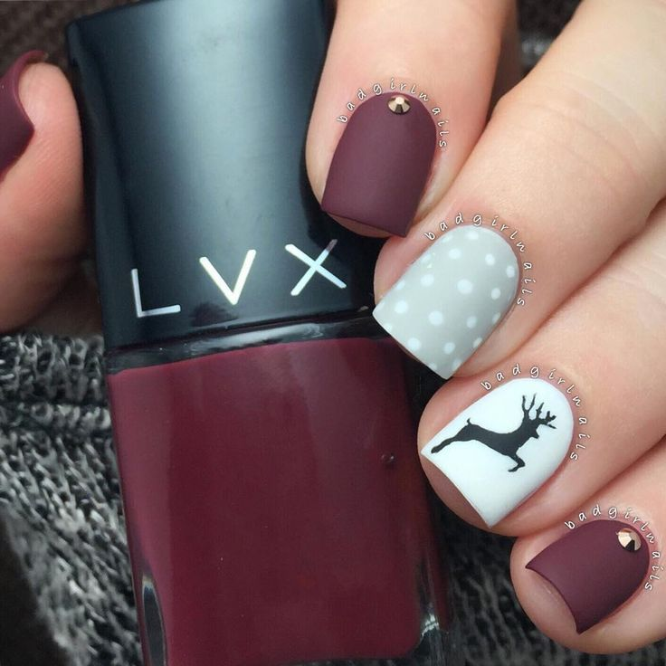 """Sweater nails featuring Stephanie Winter ""Bordeaux"" inspired by nailartbyjen love love love these☺️ I used a reindeer stencil from Whats Up Nails to complete…"""
