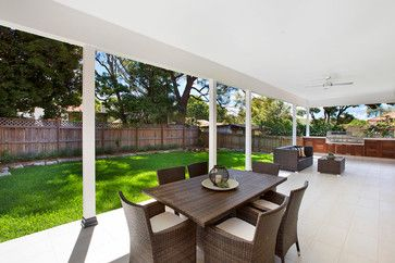 Heritage conservation - large extension contemporary-patio