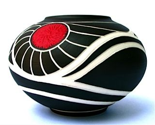 Marty Celum Biernbaum | Piedmont Craftsmen beautiful sgraffito geometric curving sharp lines pottery ceramics clay