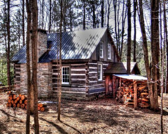 6776 best mountain cabin images on pinterest for Log cabin gunsmithing