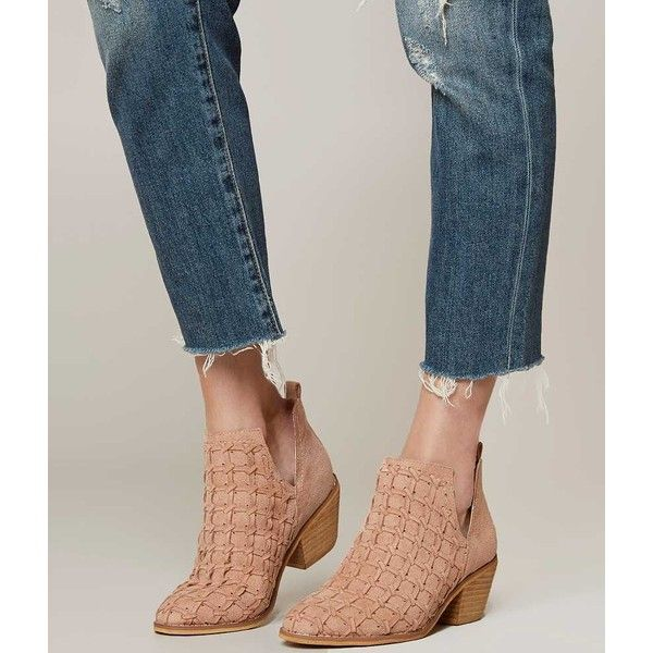 Mi.iM Lavin Ankle Boot - Pink US 6 ($70) ❤ liked on Polyvore featuring shoes, boots, ankle booties, pink, short ankle boots, slip on boots, short boots, short leather boots and pink boots