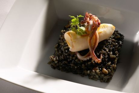 black rice with squid and alioli foam: FishBar&Gastronomia Sao Paolo