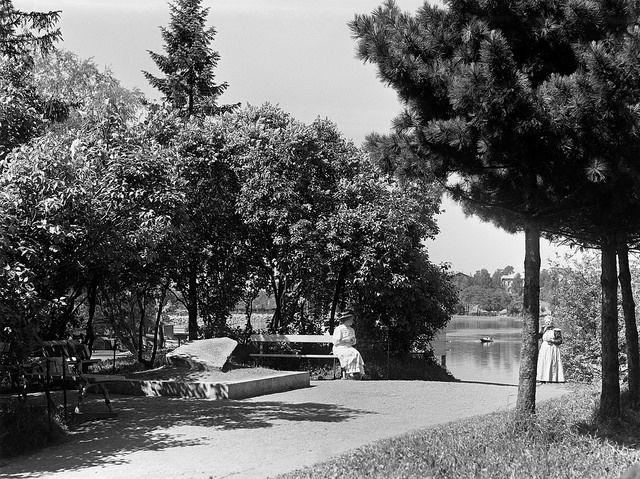 Kaisaniemi park , Helsinki, I.K. Inha, 1908, The Finnish Museum of Photography