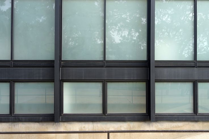Crown Hall at Illinois Institute of Technology, Chicago, Illinois - Mies van der Rohe