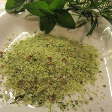 Mediterranes Kräutersalz selbermachen (Gastgeschenk)