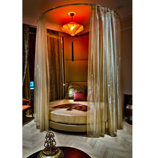 Glamorous Studio Apartment Ideas: Best 20+ Round Beds Ideas On Pinterest
