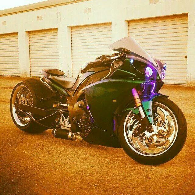 Yamaha R-1 360 rear. SSFFSS.
