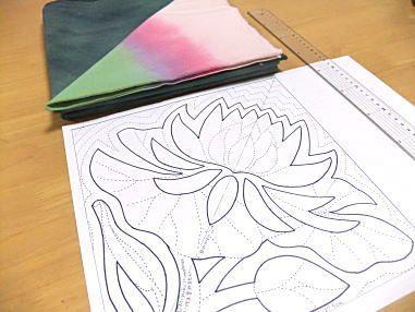 panpan&maimai料理とハワイアンキルト - チビ睡蓮のタペストリーのデザイン