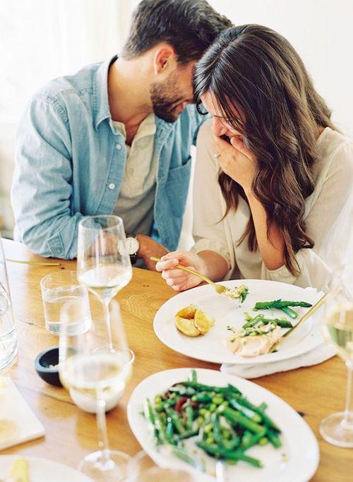 5 Tanda Kekasih juga bisa dijadikan Sahabat - Duajari.co