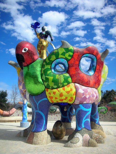 Niki de Saint Phalle, Queen Califia's Magical Circle Garden, located in Escondido, California (Kit Carson Park)