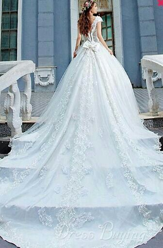 70 best Wedding Dresses images on Pinterest | Wedding dressses ...