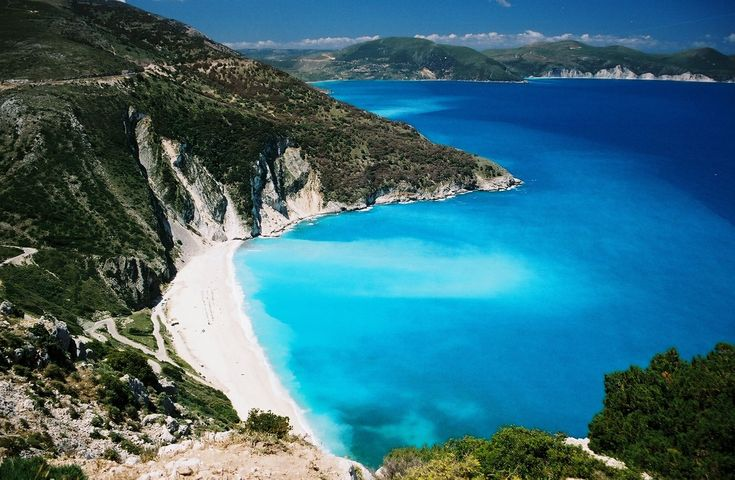 love to get on the beach!!! Summer is here: Sandy Beaches, Places To Visit, Santorini Greece, Oneday, White Home, Corfu Greece, Honeymoons, Greek Islands, Greek Isle