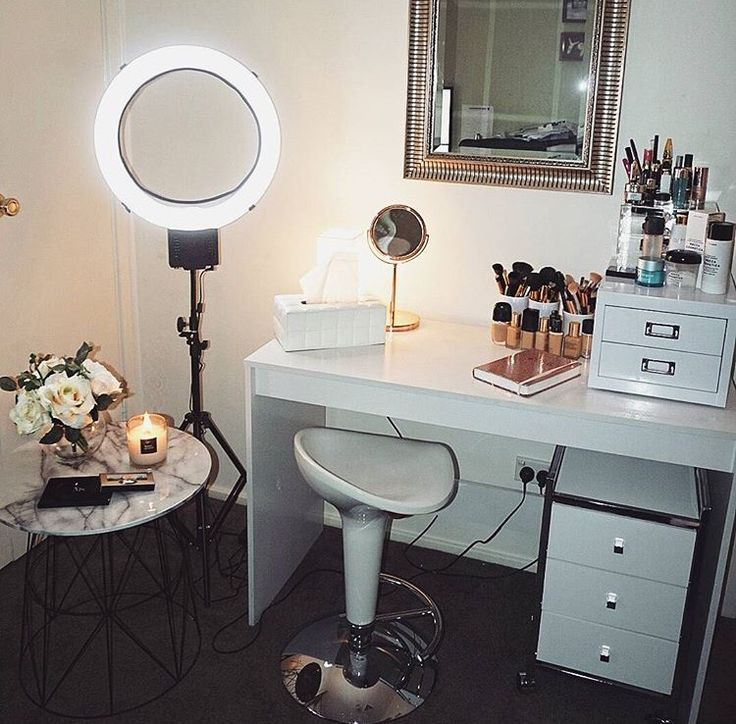 Beauty Room | Studio Room | Make Up Station | YouTube Set Up | ❣ Like this pin? Follow me for more @rosajoevannoy!