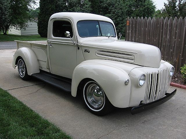 ford pickup in platinum white paint