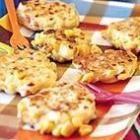 Indische snacks: maisfrikandel (maiskoekjes)
