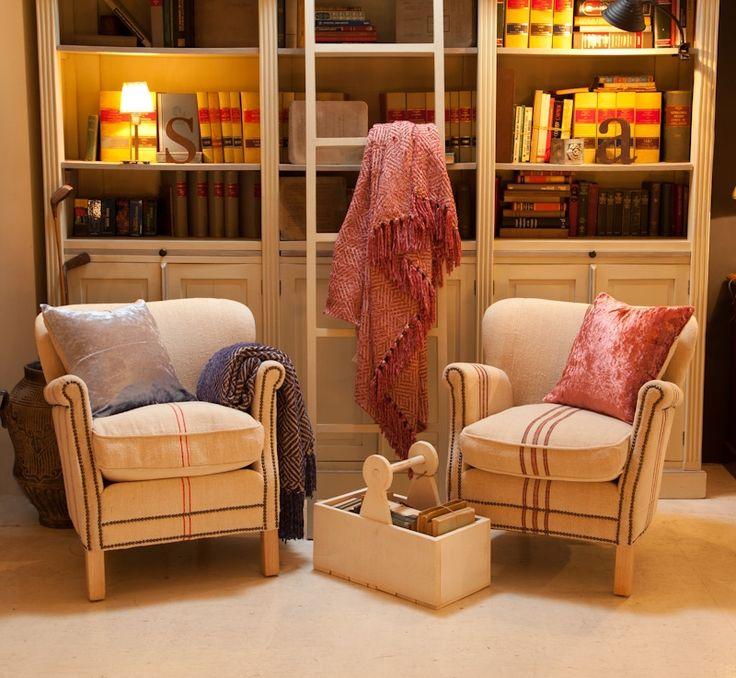 Замечательный день - суббота ! Столько нужно успеть за выходной ... Но зато как прекрасно вечером оказаться в уютном кресле с чашечкой какао укрывшись теплым, красивым пледом и наслаждаться вечером в семейном кругу! @textura_barcelona дарит Вам любовь и уют ! #TexturaBarcelona #textura #texturainteriors #texturarostov #rostovondon #испания #испанскийтекстиль #испаниярядом #испанияснами #вседляуюта #вседлясемьи#babyboom #sale #lovebarcelona #скидки #теплыепледы #красивоевдом#мылюбимвашдом