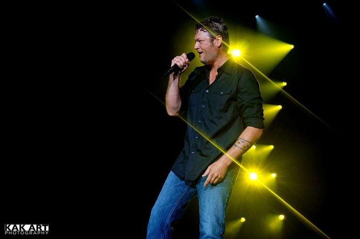 Blake Shelton Bayou Country Superfest in New Orleans