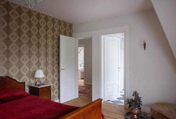 drzwi drewniane na wspólnej oscieżnicy