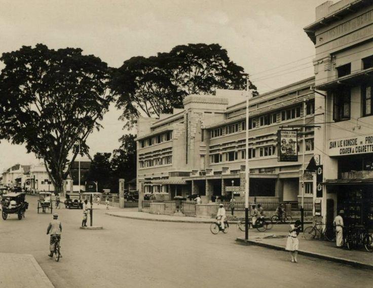 Bandung Heritage. Hotel Preanger Bandung sekitar tahun 1930 *Javapost*