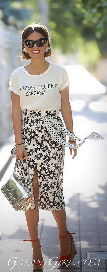 slogan tee outfits   slogan t-shirt outfit   printed pencil skirt outfits   marni trunk bag   summer street styles 