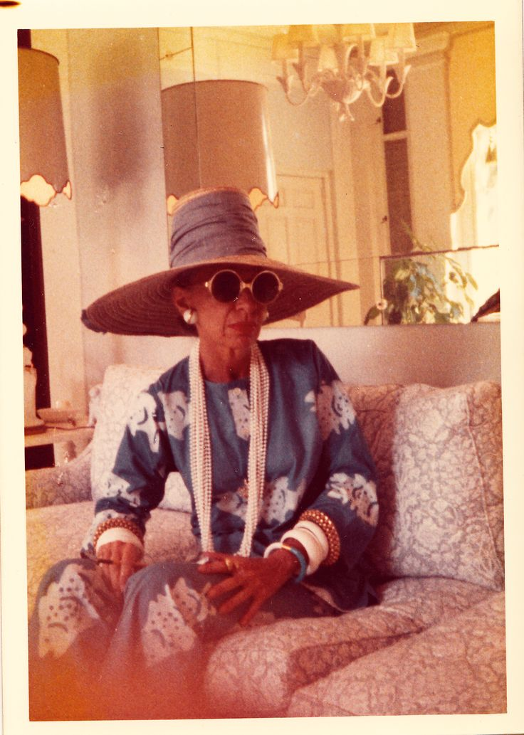 See Iris Apfel throughout the years!