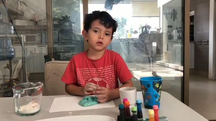 Prepara masa de sal para jugar con los niños #InspírateEnCasa First Grade Reading Comprehension, Kindergarten, Ideas Geniales, Diy, Pasta, Mariana, Crafts Toddlers, Recycled Crafts, Learning Games