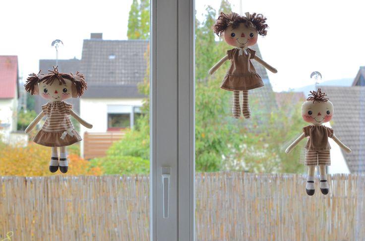 https://flic.kr/p/NjFMne | Drei kleine Vogelscheuchen | Cute primitive rag doll pattern by OhSewDollin on etsy