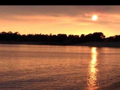 ALAIN BARRIERE -  A REGARDER LA MER Vidéo par candide41200 sur Youtube