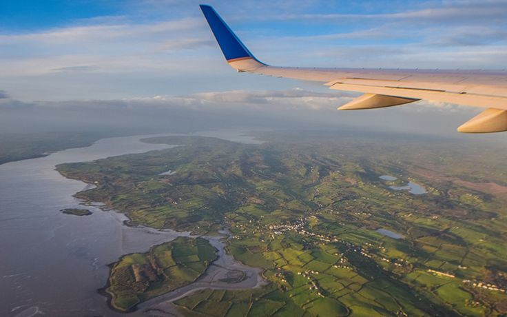 What's the cheapest way to get to Ireland this summer? IrishCentral did a price comparison for you.