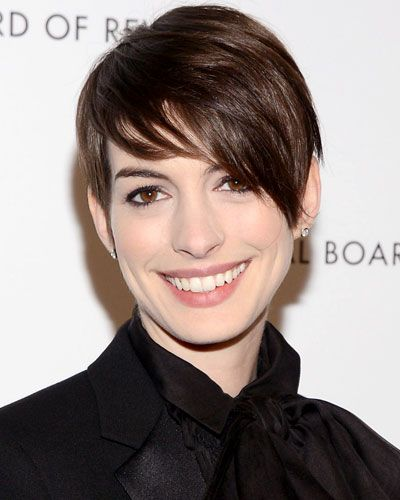 Hairstyles That Never Go Out of Style: Anne Hathaway's Tousled Pixie